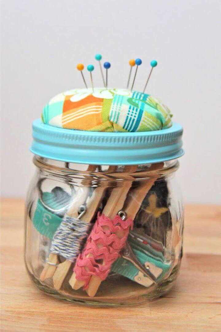 DIY Beginner Sewing Kit Gift Idea
