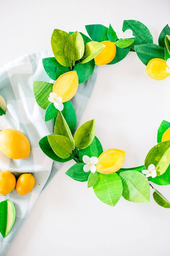 DIY Paper Lemon Summer Wreath