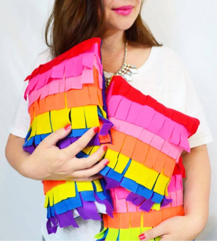 DIY Piñata Pillow