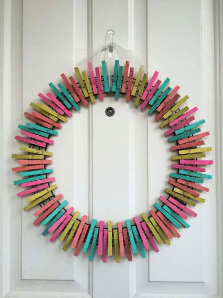 DIY Summer Clothespin Wreath