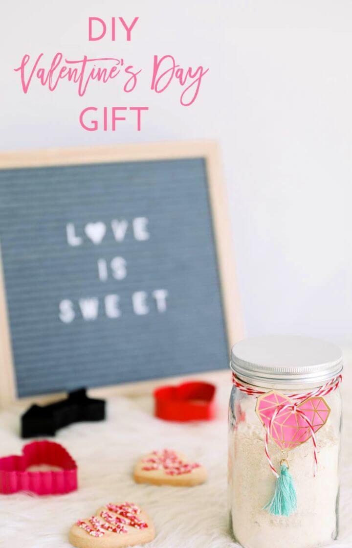 DIY Valentine's Day Gift in a Jar