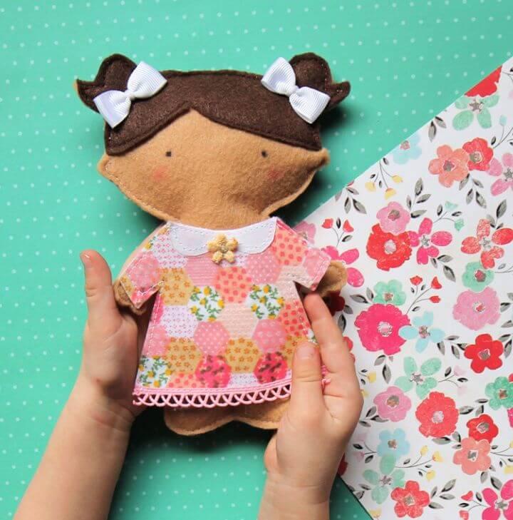 Felt Paper Doll Tutorial