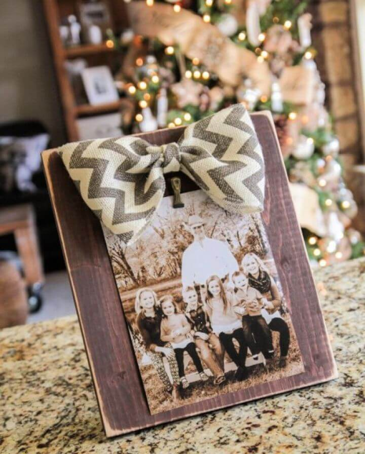 Homemade Picture Frame With A Burlap Bow