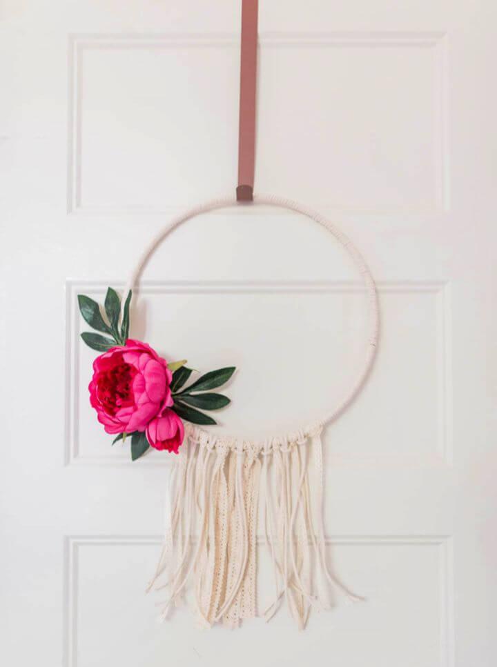 Make a DIY Summer Hoop Wreath