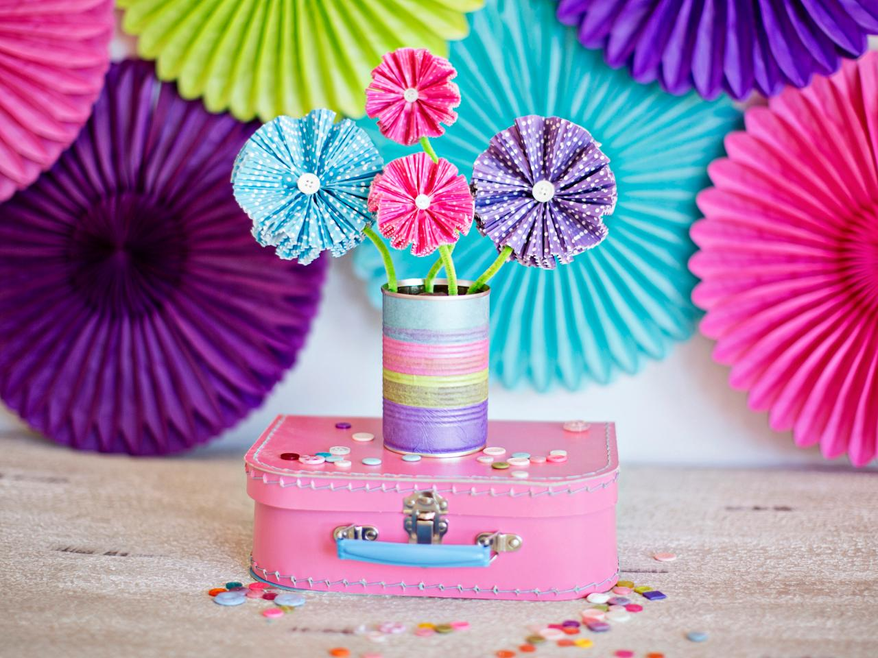 25 Cool Things To Make With Papers
